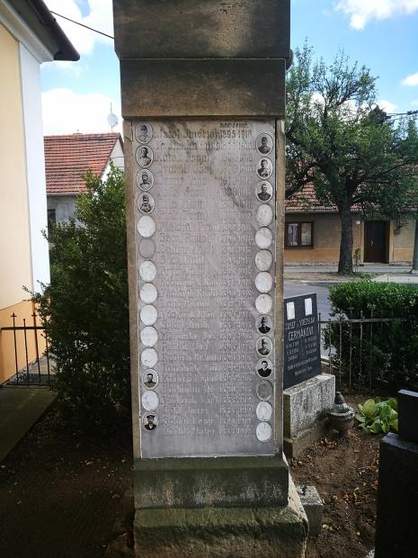 Památník_I