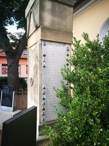 Památník_II